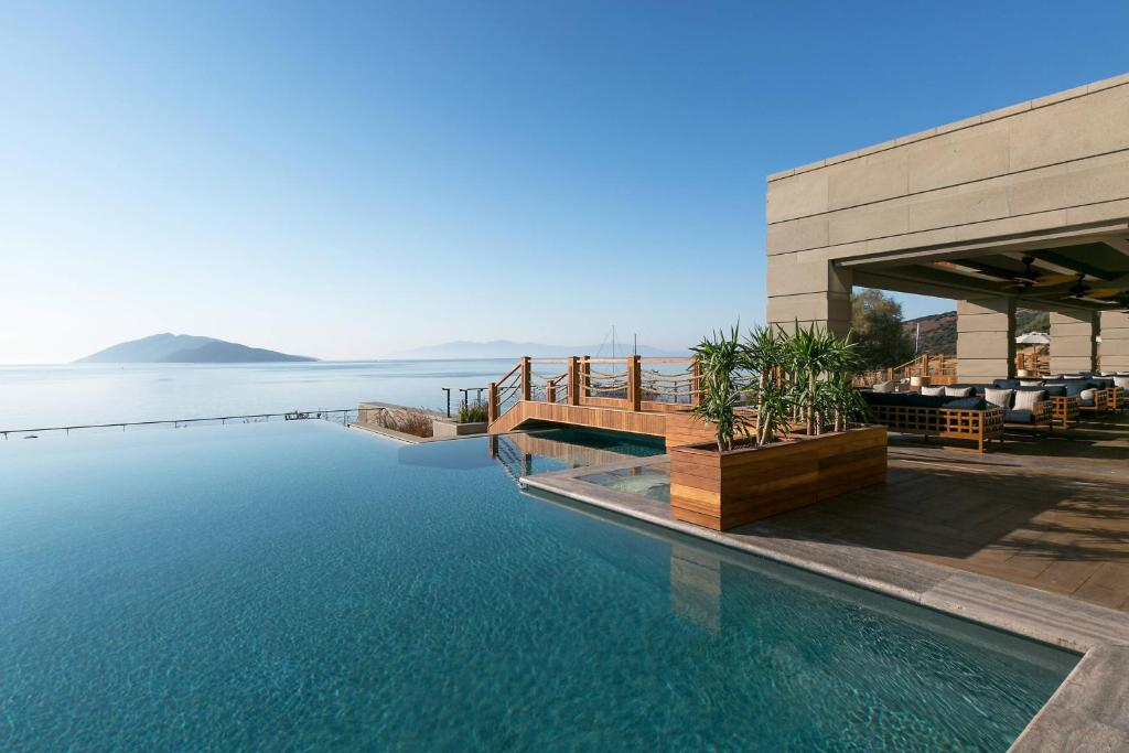 Piscina di Caresse a Luxury Collection Resort & Spa, Bodrum o nelle vicinanze
