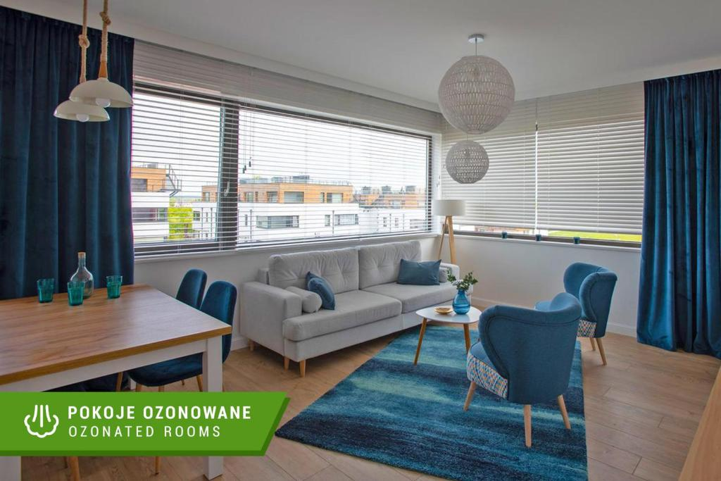 A seating area at Apartament Zefir Mechelinki