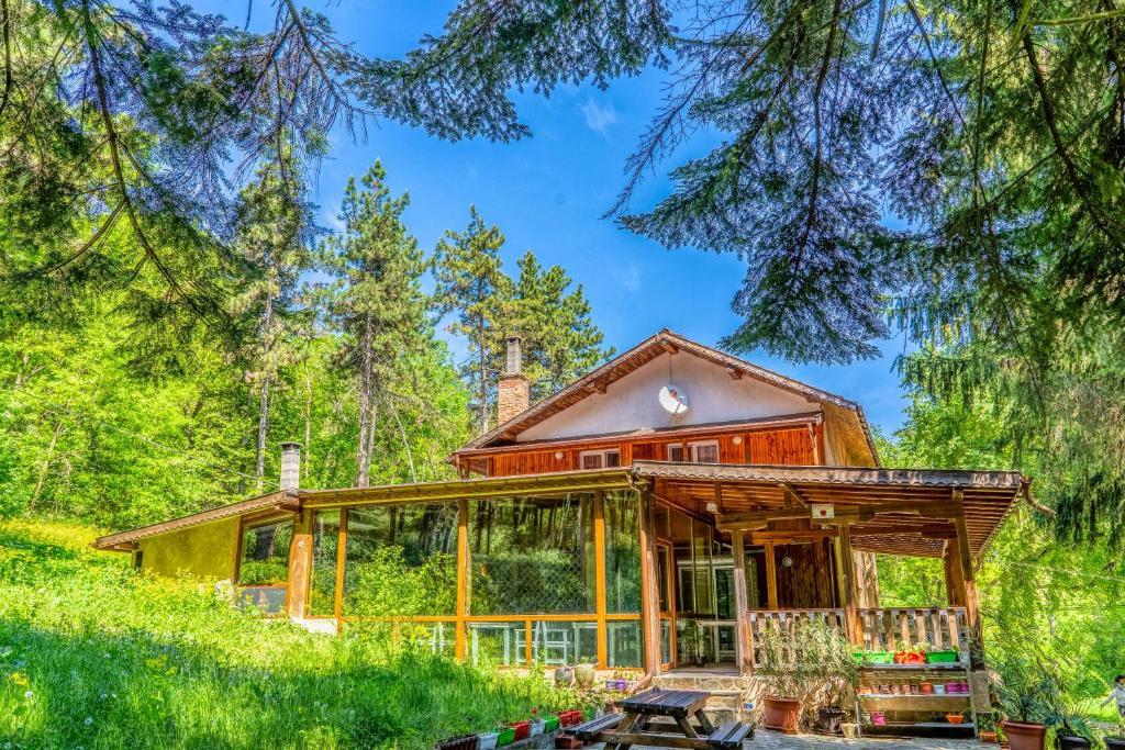 Къща за гости - Крушун