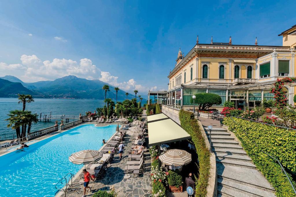 Der Swimmingpool an oder in der Nähe von Grand Hotel Villa Serbelloni