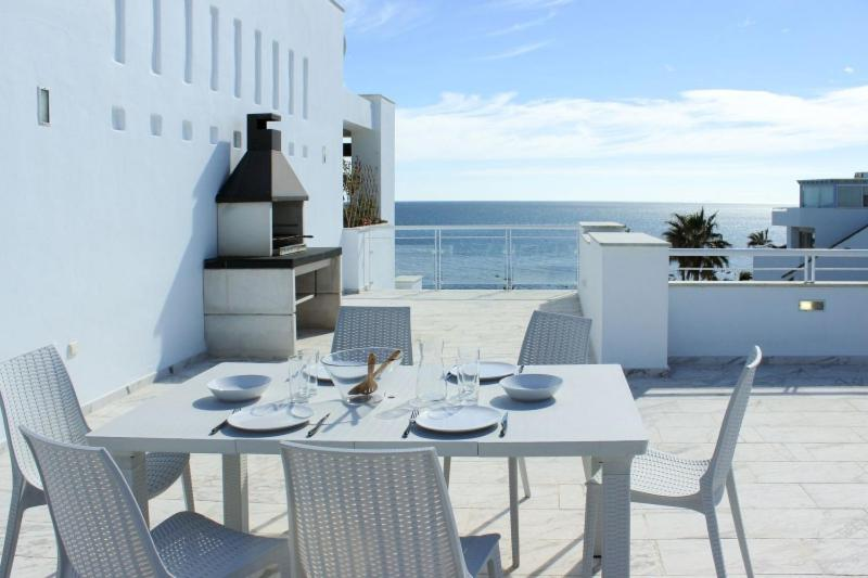 Casares Del Mar Luxury Apartments penthouse with beach access 22