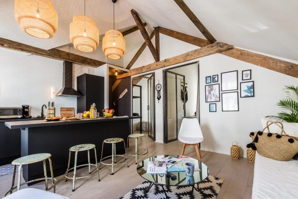 Youcca Boho Apartment Ideally Located In Biarritz Biarritz Updated 2021 Prices