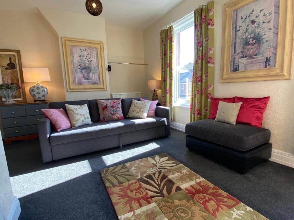 Apartment Blackpool Holiday Lets Regent Road Uk Booking Com
