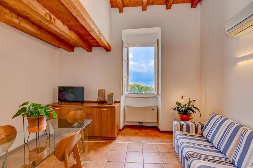 Appartamento Porticciolo Garda Leisure Italia Gargnano Booking Com