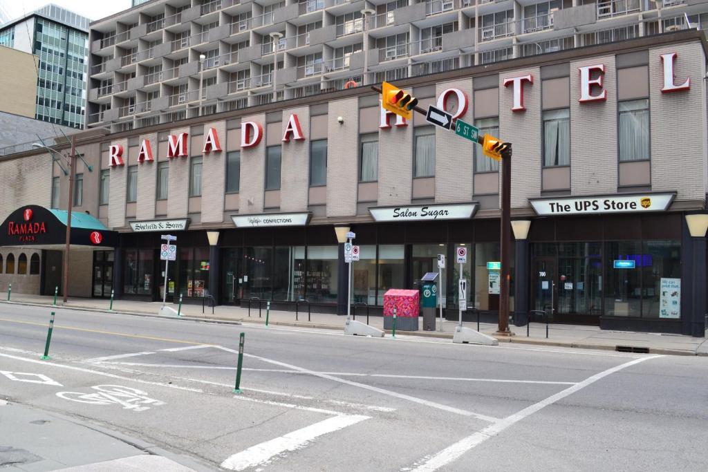 Ramada Plaza By Wyndham Calgary Downtown Calgary Updated 2020 Prices