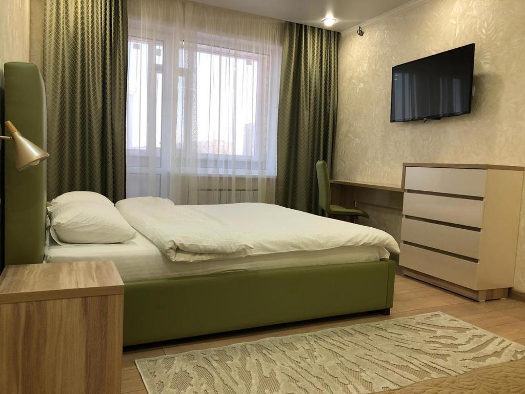 Уютная, новая квартира в центре города