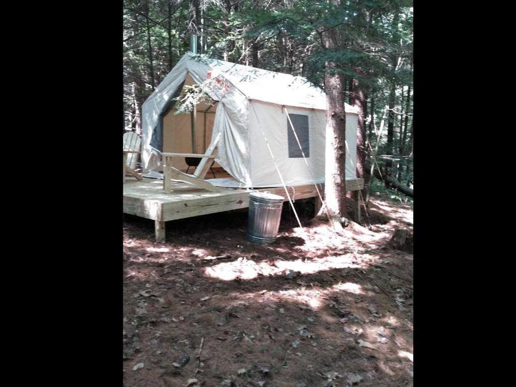 Tentrr - Logan Way Camp Retreat