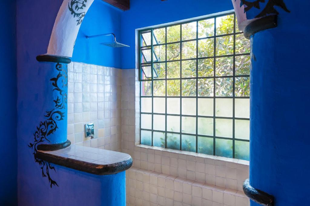 A bathroom at Hotel Casa Palopo