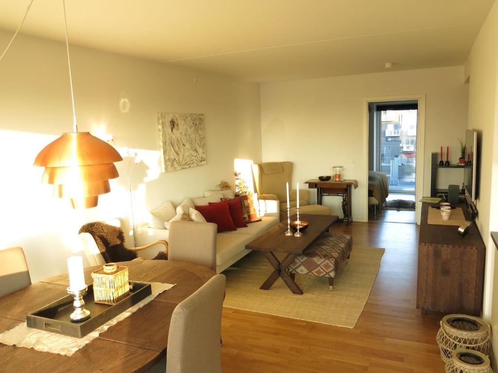 A seating area at ApartmentInCopenhagen Apartment 963