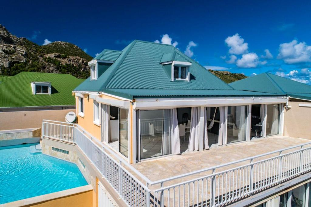 Villa with 2 bedrooms in SaintBarthelemy with wonderful sea view private pool terrace 500 m from the beach