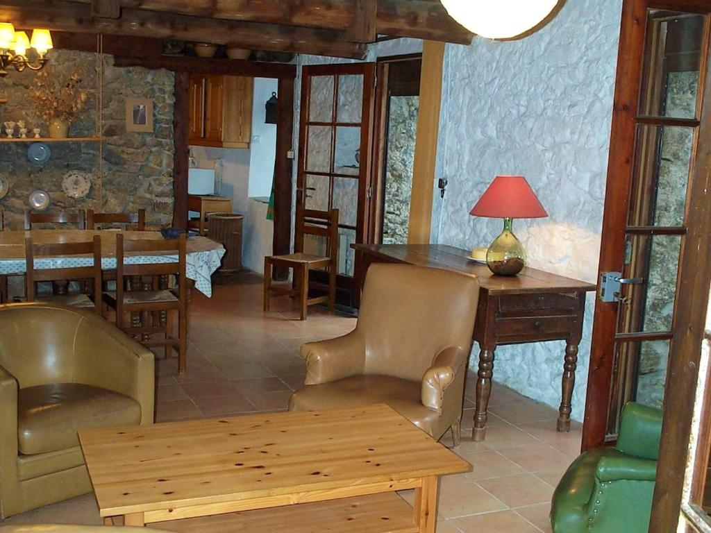 Apartment with 4 bedrooms in Valleraugue with wonderful mountain view and furnished terrace
