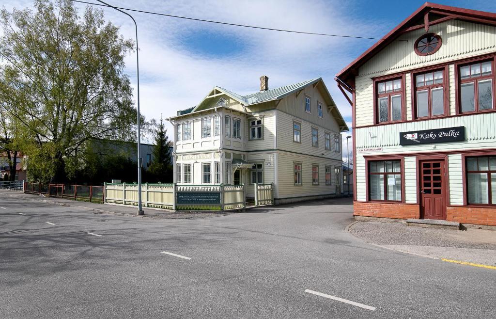 Hoone, kus villa asub