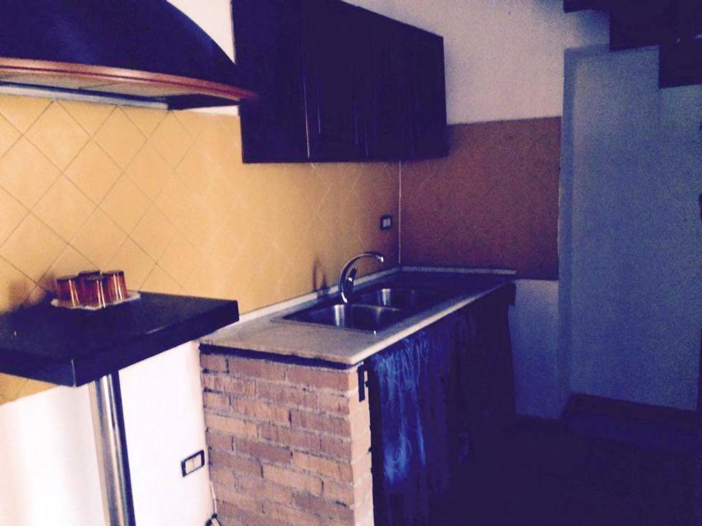 Cucina o angolo cottura di Apartment Vico Ortolani