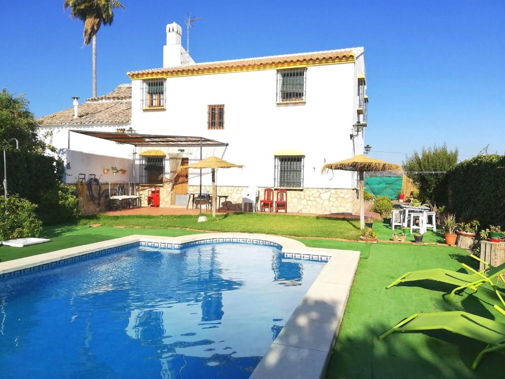 Villa with 4 bedrooms in Antequera with private pool enclosed garden and WiFi