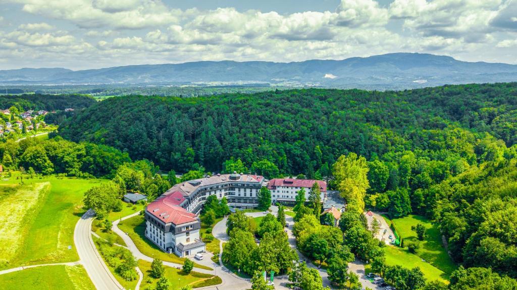 A bird's-eye view of Hotel Smarjeta - Terme Krka