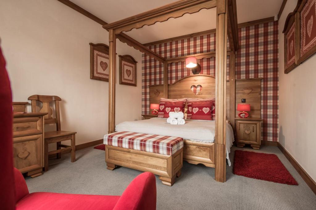 A bed or beds in a room at Villa Adamo&SPA
