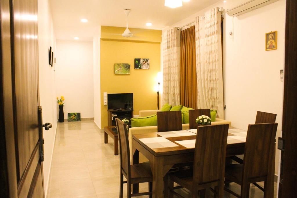 Apartment Dominic S Best Mount Lavinia Sri Lanka Booking Com