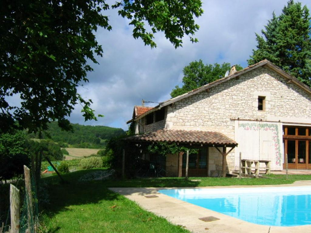 Villa with 6 bedrooms in Saint Paul Flaugnac with private pool enclosed garden and WiFi
