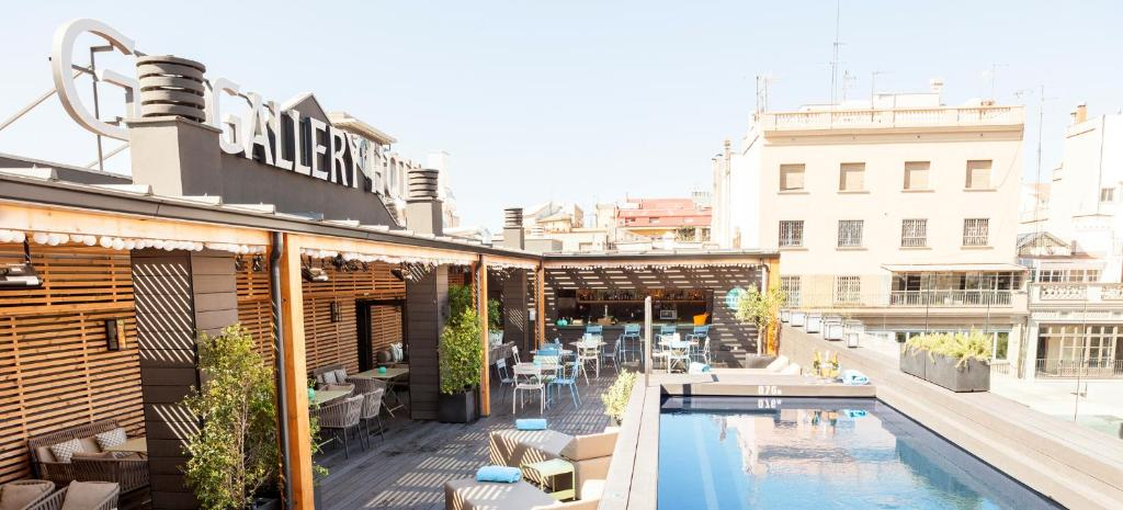 The swimming pool at or close to Gallery Hotel