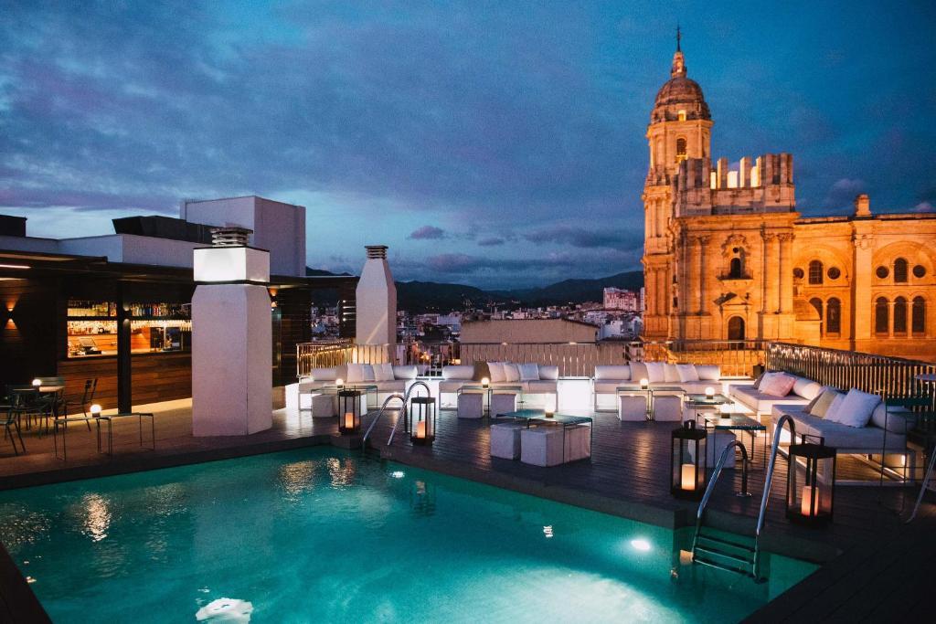 The swimming pool at or near Molina Lario
