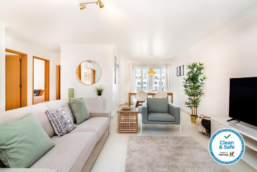 A seating area at WHome | Casino Premium Apartment