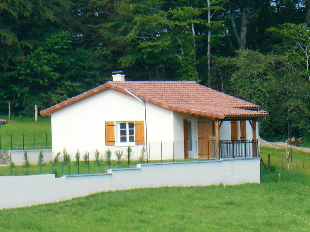 House with 2 bedrooms in Gorses with shared pool furnished garden and WiFi
