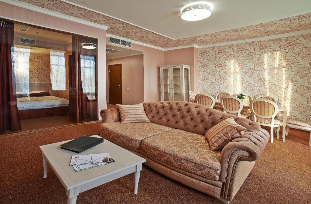 На стоимость час белгороде отеля в часы продать ролекс в