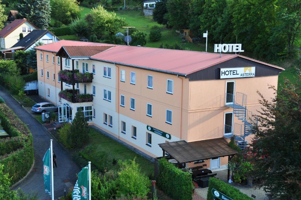 Blick auf Hotel Asterra aus der Vogelperspektive