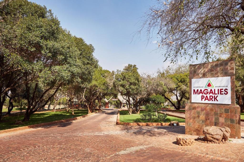 First Group Magalies Park