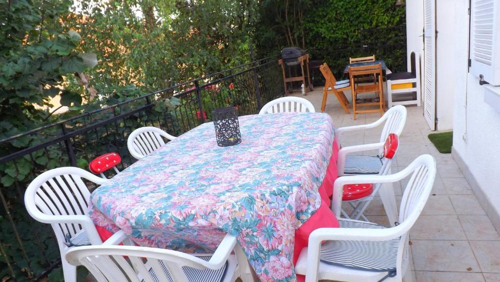 Balcon ou terrasse dans l'établissement Holiday home Grande Rue - 2
