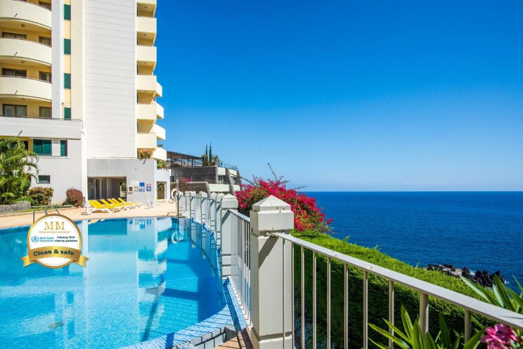 A view of the pool at The Cliff Side Apartment or nearby