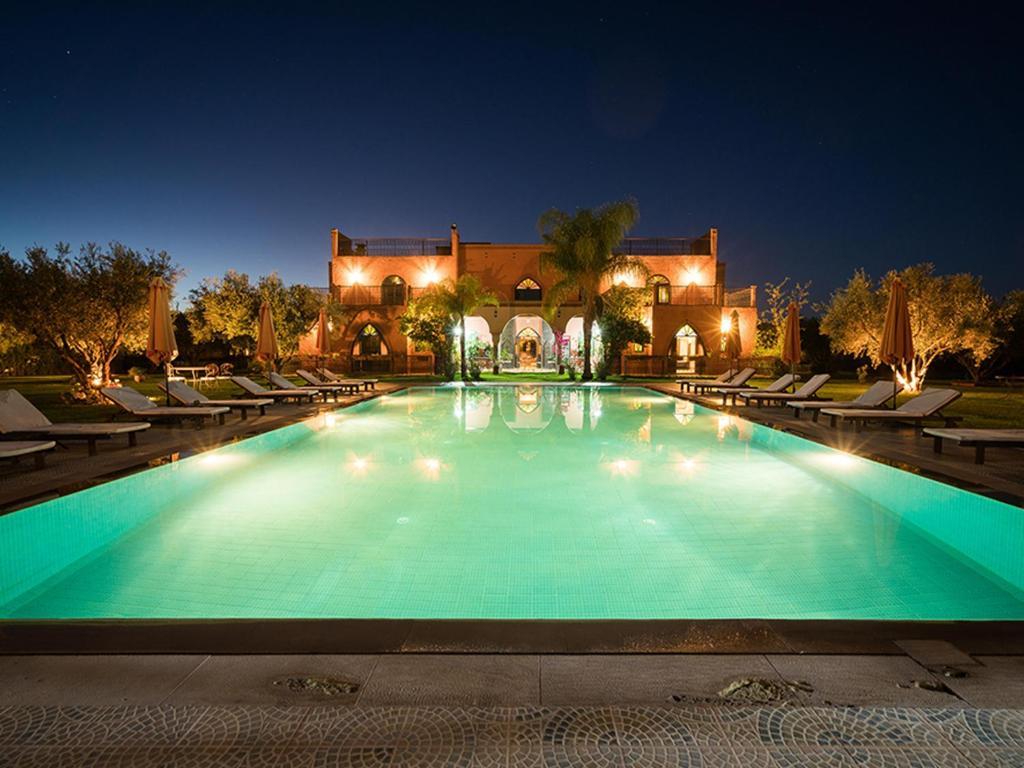 The swimming pool at or near Villa - Le Diamant De Zaraba