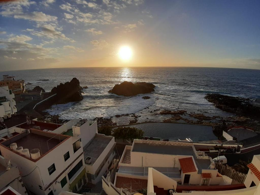 Sunset El Pris