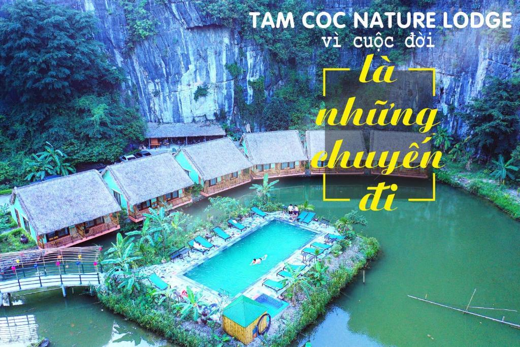 Et luftfoto af Tam Coc Nature