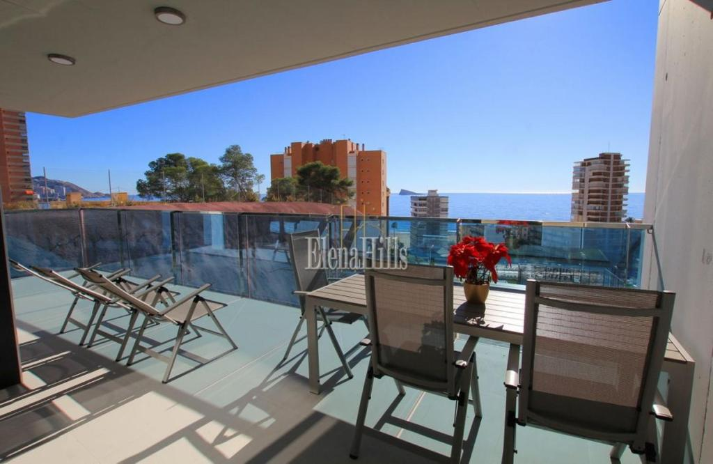 Brand new luxury apartment in second line of beach with sea views in Benidorm - (Ref: 1121-V) 3