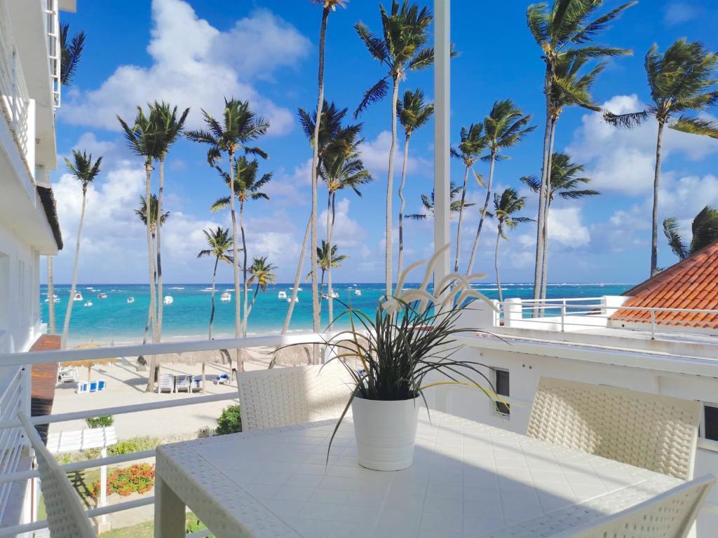 OCEAN VIEW VILLA BAVARO BEACH - wifi, bbq-grill, beach access, Punta Cana -  Harga Terbaru 2021