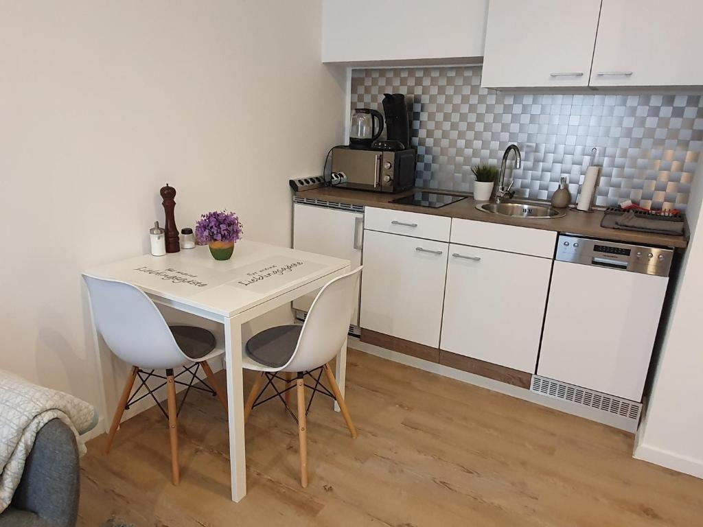 17 Zimmer Apartment Ratingen Ost (Deutschland Ratingen) - Booking.com