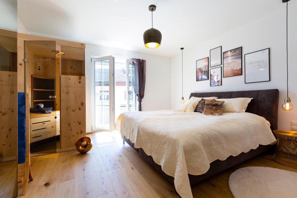 Ad Fontes Suite Mit Sauna 2 Badern Am Chiemsee Ubersee Aktualisierte Preise Fur 2021