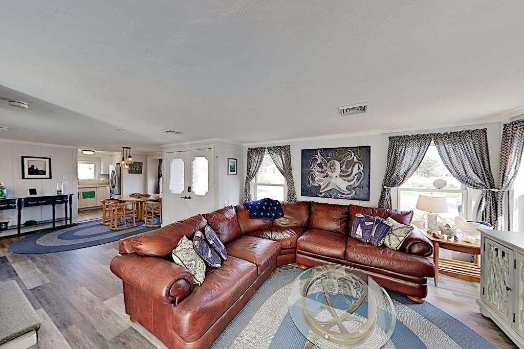 A seating area at Dream Beach Home on Lewis Bay – Ocean Views home
