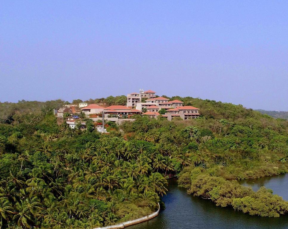 Hilton Goa Resort Candolim,