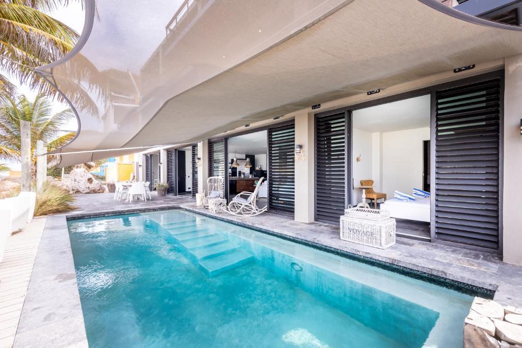 A piscina localizada em 270° Ocean View Mansion in Pietermaai District - Private Pool & Beach ou nos arredores
