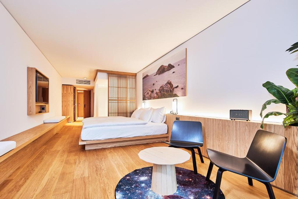 Art House Basel, Juli 2020