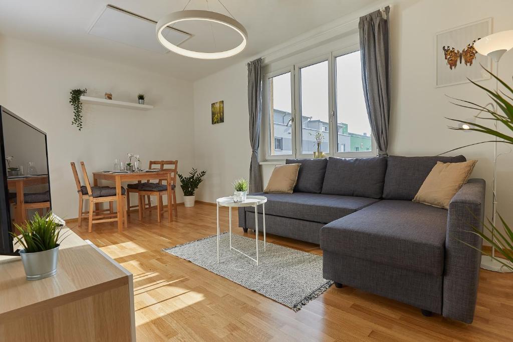 Ferienwohnung Helle Und Gemutliche Wohnung In Zentraler Lage Osterreich Graz Booking Com