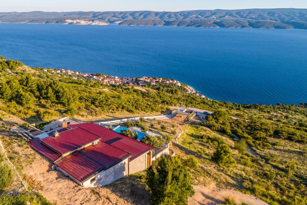 A bird's-eye view of Villa Secluded Paradise