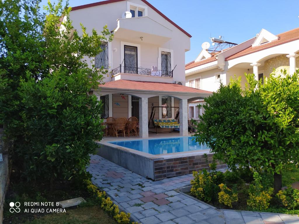 Ata villa