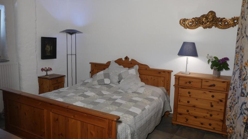Apartment An Burg Eltz Deutschland Wierschem Booking Com