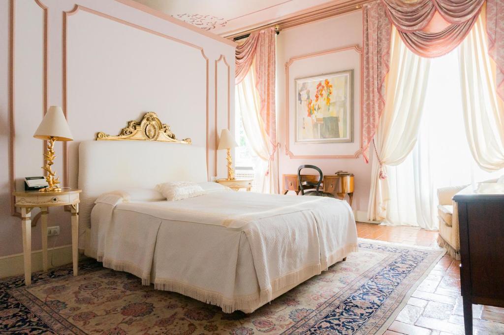 Suite Apartments in Villa del 1700