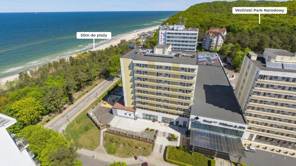 Blick auf Vestina Wellness & SPA Hotel aus der Vogelperspektive