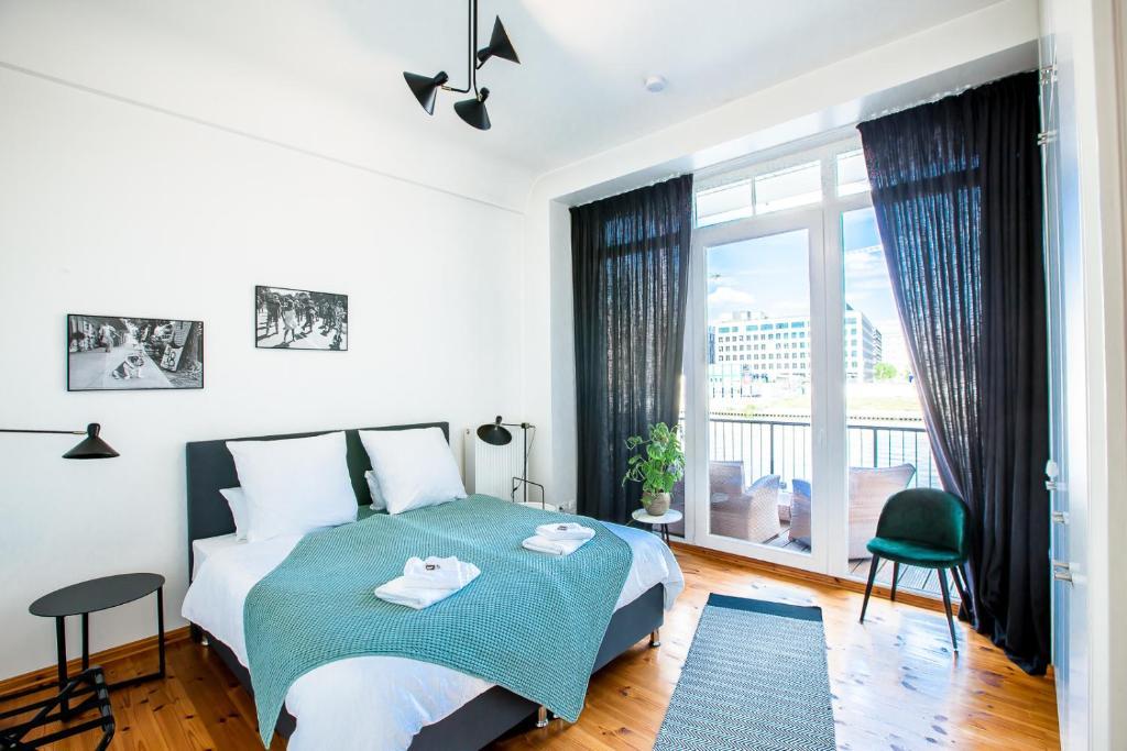 Family Friendly Waterfront Loft 3 Bedrooms 130 M2 Berlin Aktualisierte Preise Fur 2021