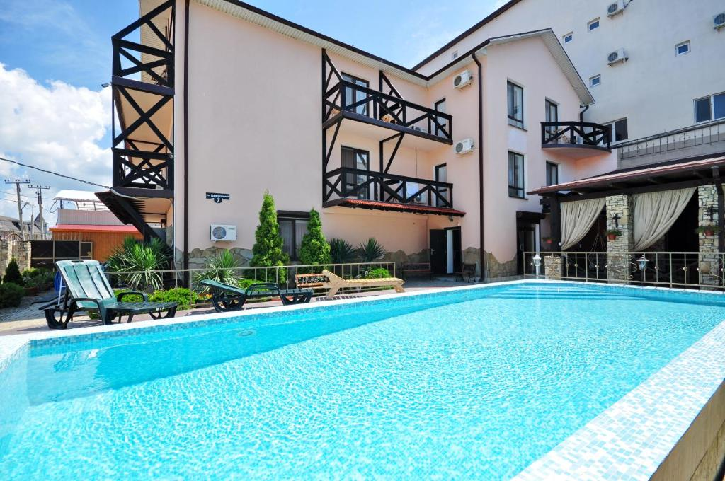 The swimming pool at or near Bretan Guest House